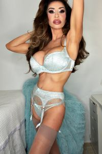 london-escort-elle-independent-5a