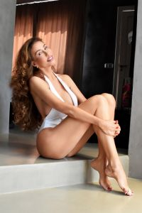London Independent English Escort 1